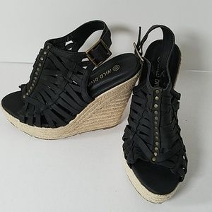 Wild Diva Black Wedges